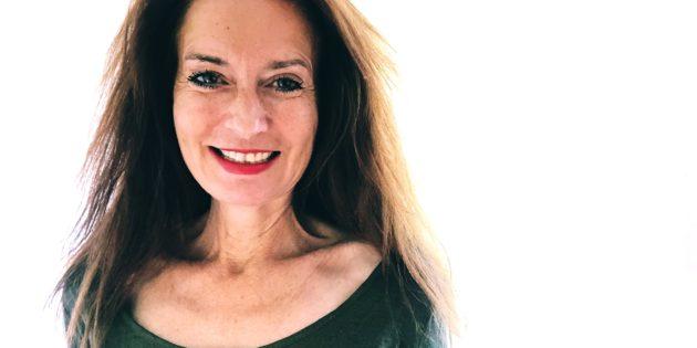 Tarot de Marseille, apprendre le tarot, école de tarot, arcane majeur, Hélène Scherrer, pratique du Tarot, ClairConscience, intuition, confiance en soi, estime de soi, saut quantique, amour de soi
