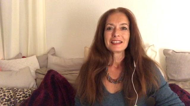 Clin d'oeil tarot-intuitif avec Hélène Scherrer