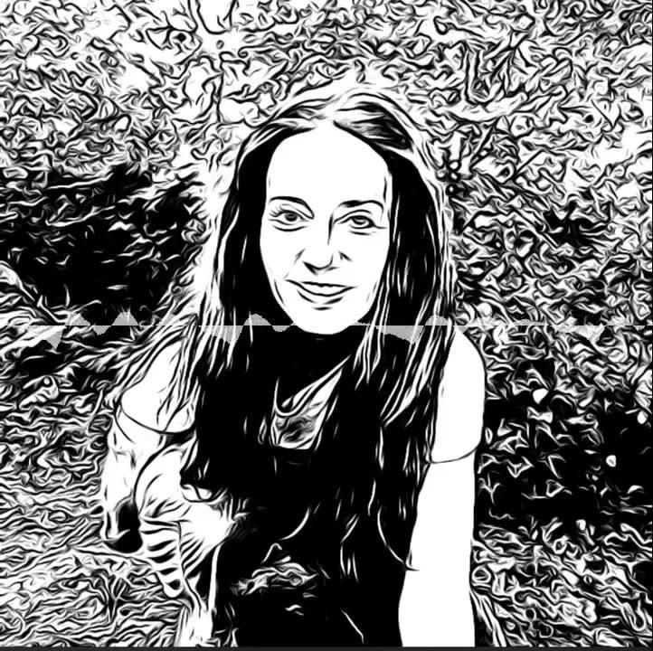 Hélène Scherrer de la Communauté ClairConscience-Tarot de Marseille-Intuition-Hypersensibilité