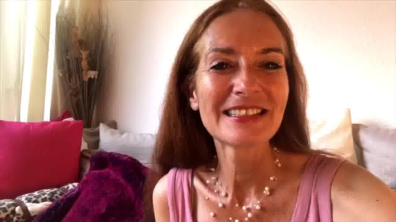 tarot de marseille, affirmations de soi, apprendre le tarot, école de tarot, arcane majeur, Hélène Scherrer, pratique du Tarot, ClairConscience, intuition, confiance en soi, clairvoyance, perceptions extra-sensorielles