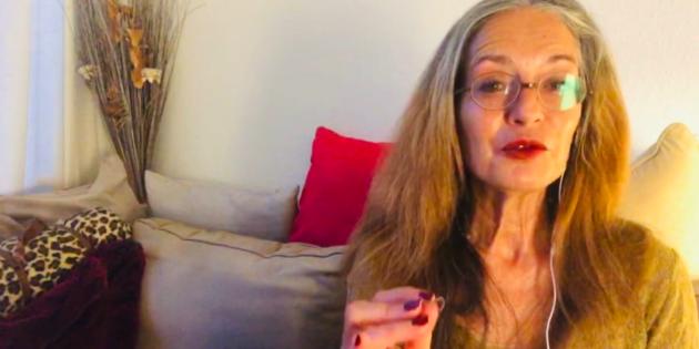 Hélène Scherrer. Créatrice de ClairConscience et de la Communauté dédiée au Tarot Intuitif
