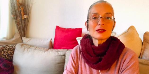 Hélène Scherrer de la Communauté ClairConscience dédiée au Tarot de Marseille intuitif